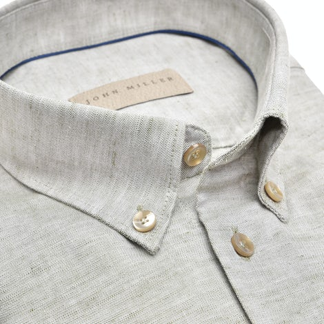 Green tailored fit shirt, in a 55%cotton/45%linen composition 5139024-530-000-000